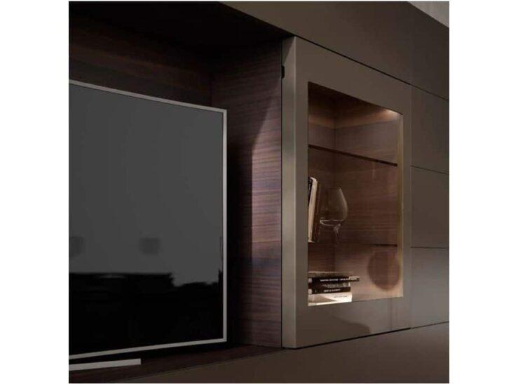 Complemento mueble de tv con puerta desplazable