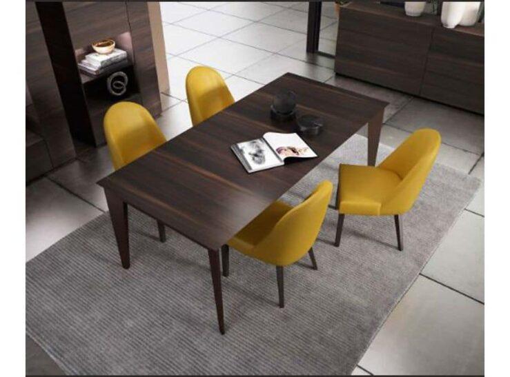 Mesa de chapa moderna en color nogal