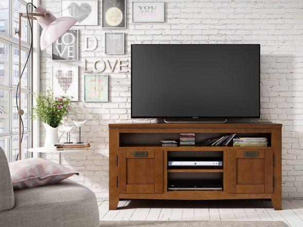 Mueble bajo de Tv en color nogal